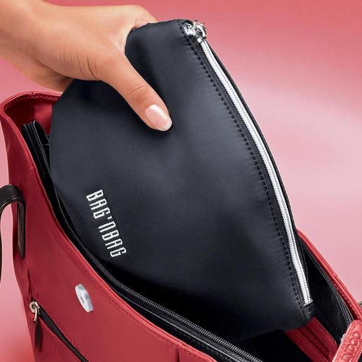 Bag'nBag Tous les objets indispensables sont logés dans une poche intérieure, éclairée.